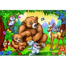 Familie Bär mit anderen Tieren aus dem Wald