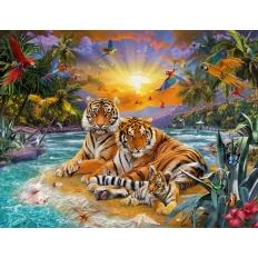 Tigerfamilie im Sonnenuntergang