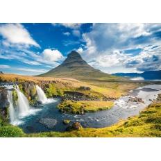 Wasserfall vor Kirkjufell - Island